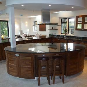 Handmade open planned kitchen designer