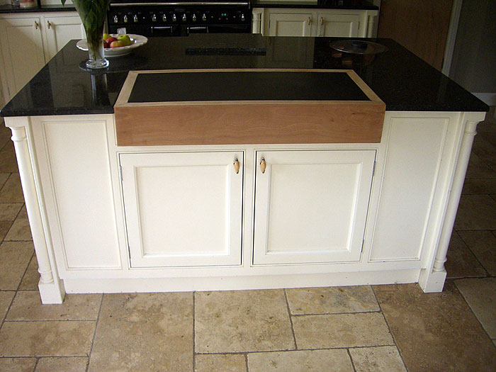 white bespoke kitchen