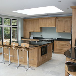 Shaker bespoke kitchen Sussex